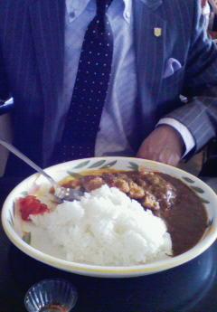 お昼ご飯中です(o^<br />  ∀^o)